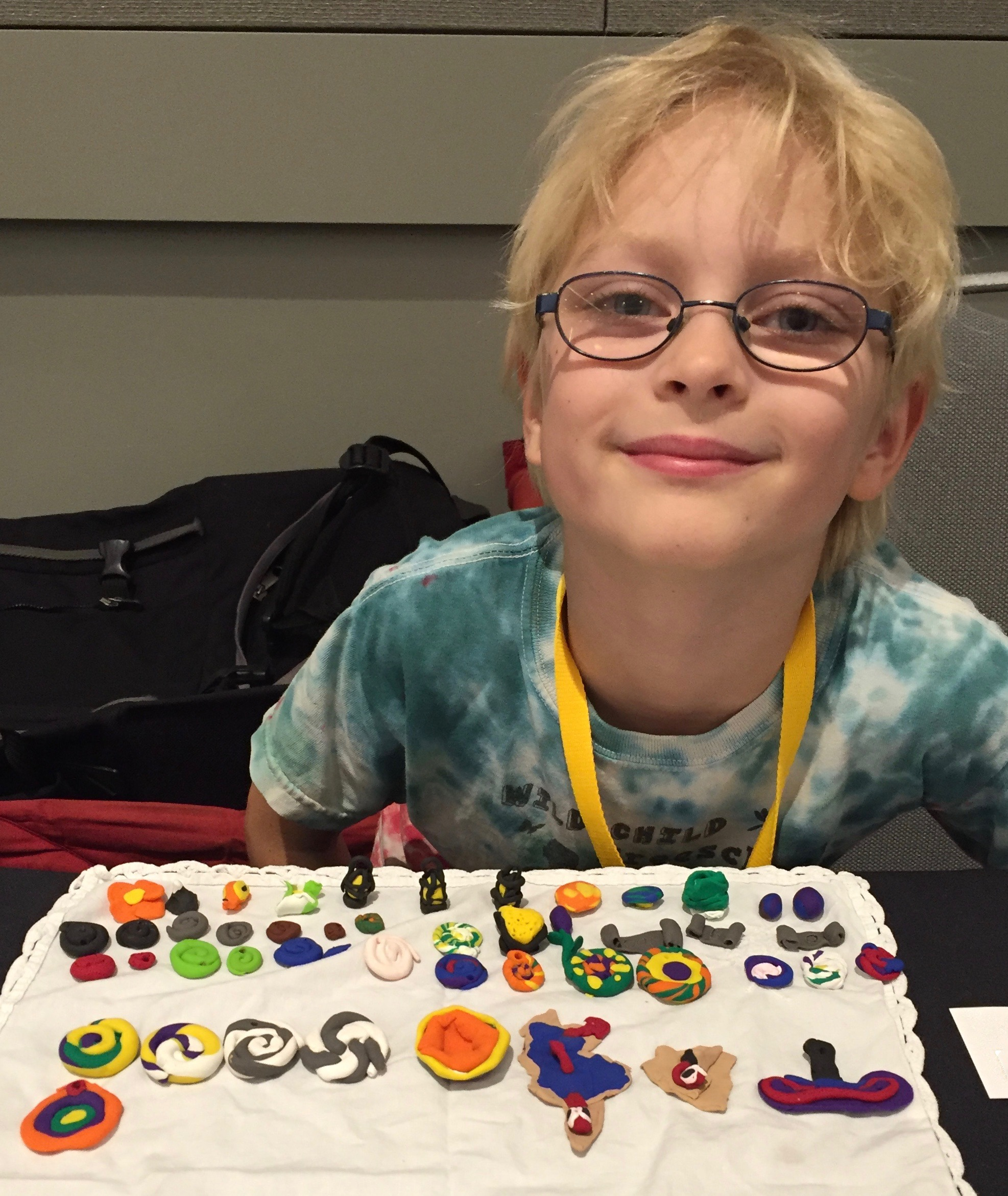 arts crafts projects for kids az homeschooling boy selling his clay crafts at homeschool conference