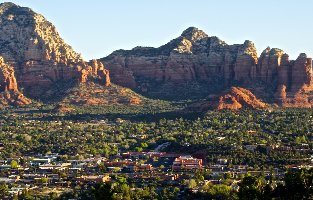 View of Sedona from Sky Ranch Lodge. © Ann Zeise.